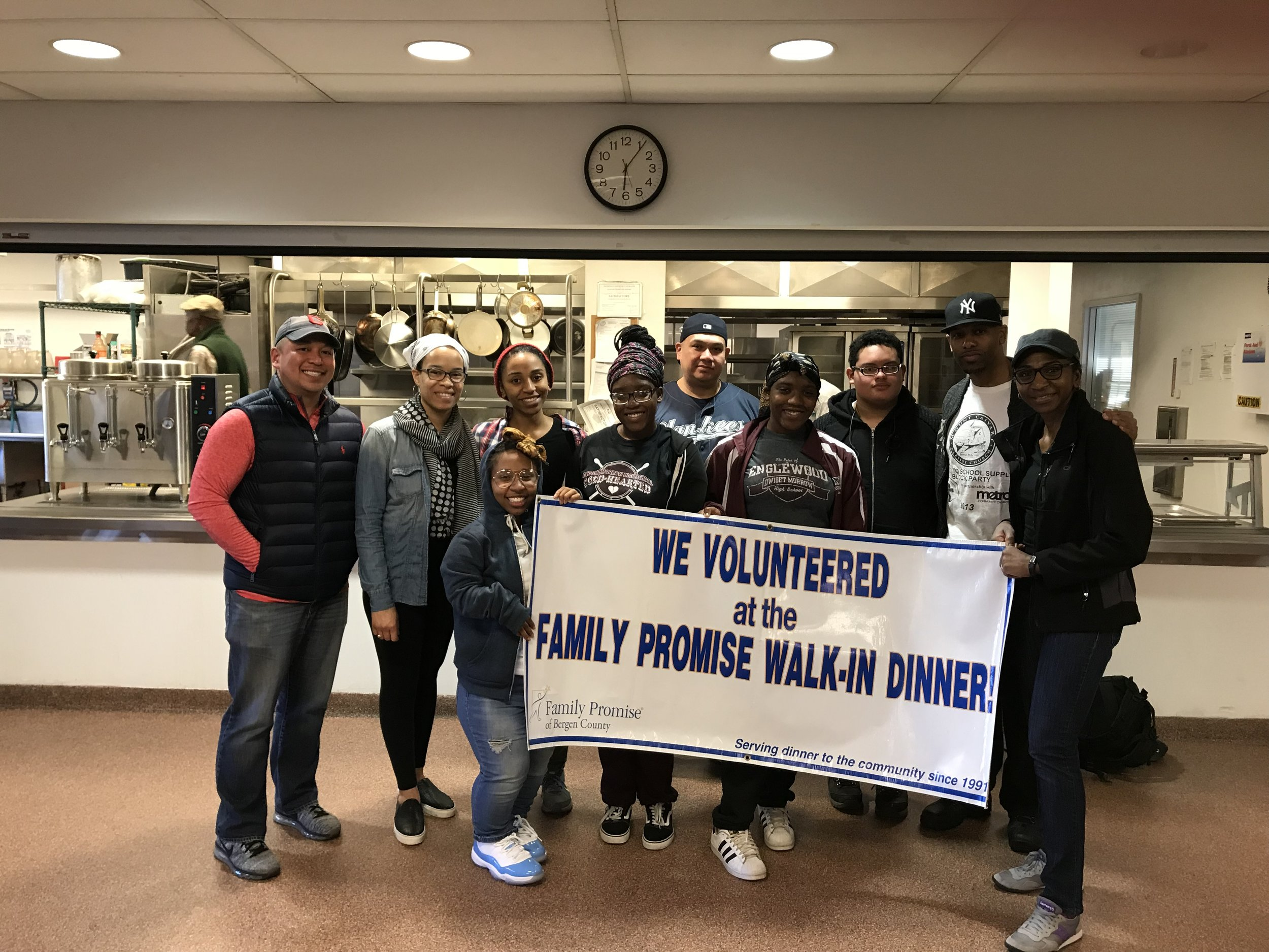 MetroLIFE students serve meals at family promise in hackensack