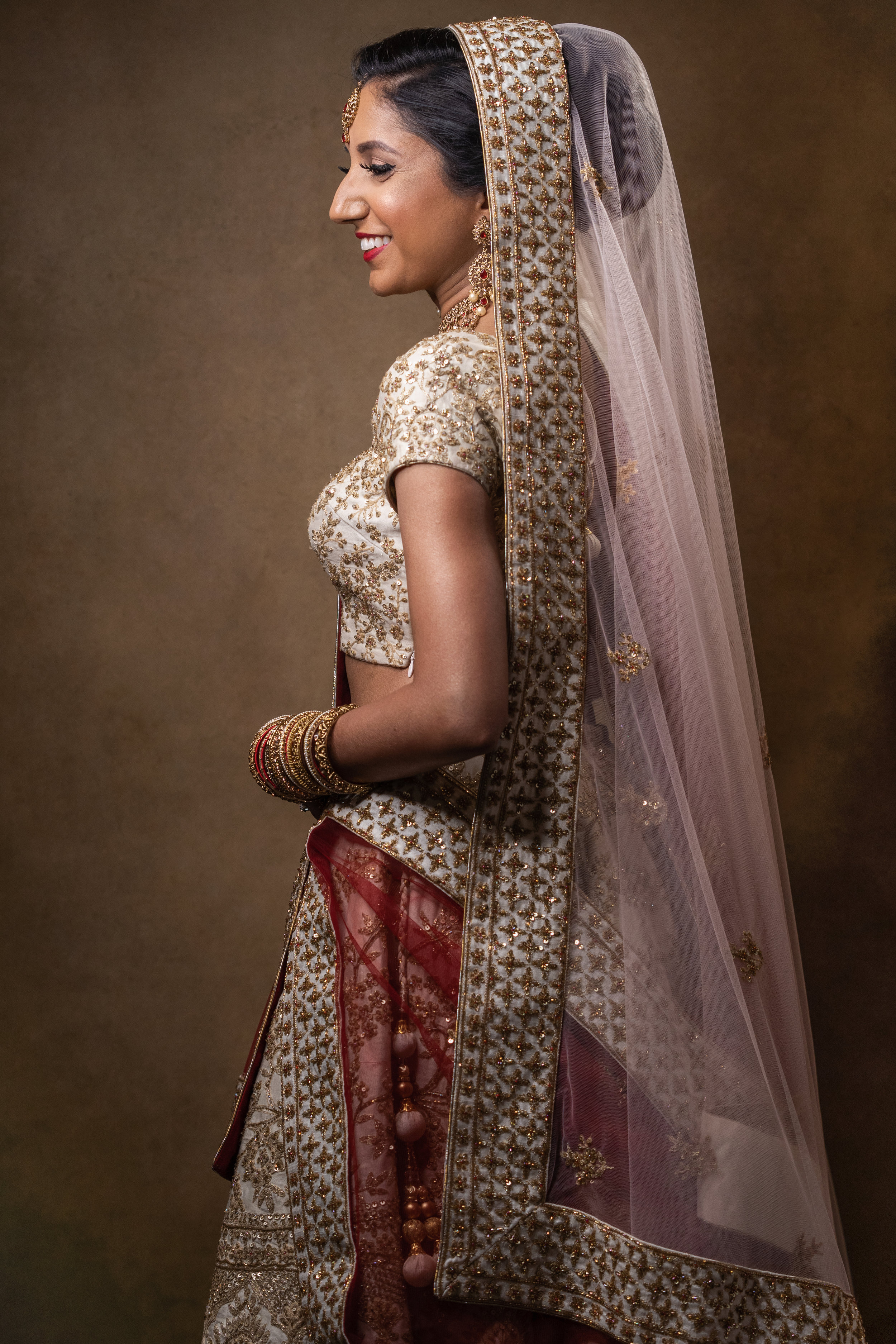 Meet Prathna our stunning bride from her bridal portrait shots prior to her Hindu Wedding in Leicester