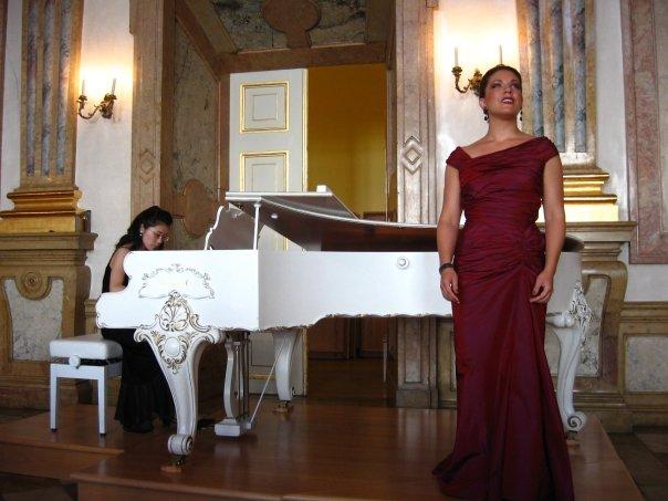 Singing in Salzburg.jpg