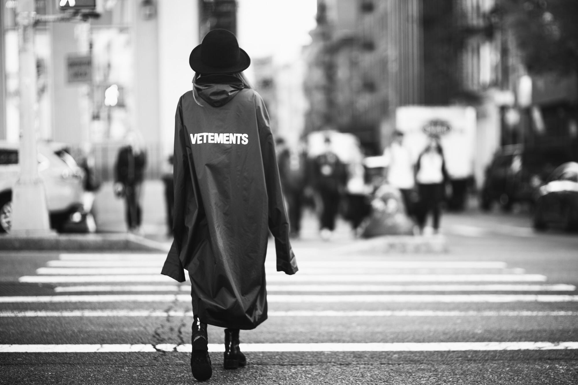 ロン毛と坊主とニューヨーク ファッション 変化 VETEMENTS