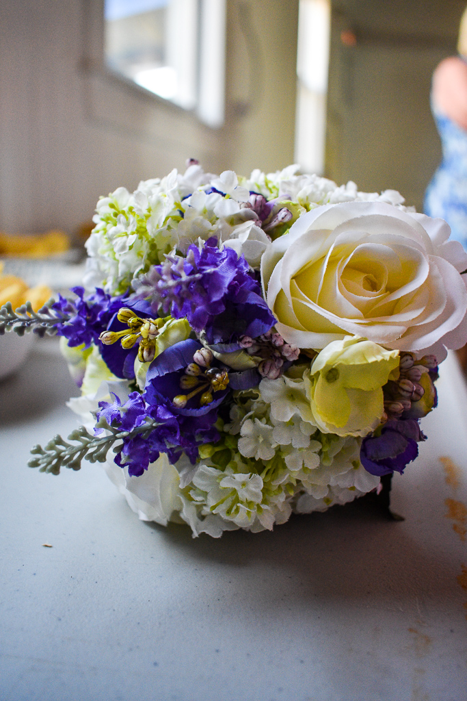 Diane made her arrangement with silk flowers so she could reuse it in Scotland