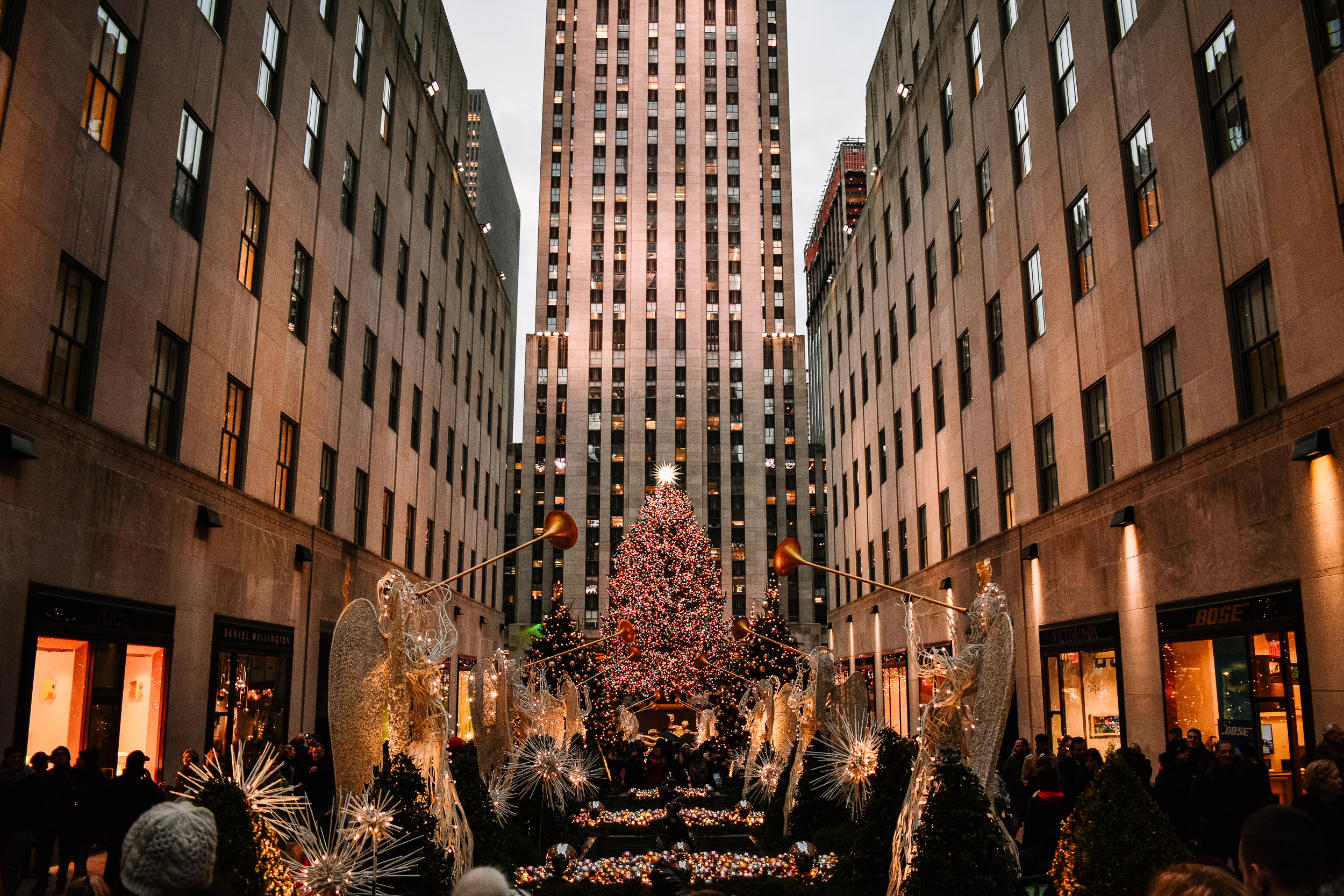 New York During Christmas Time.New York City At Christmas Time Small Space Big Taste