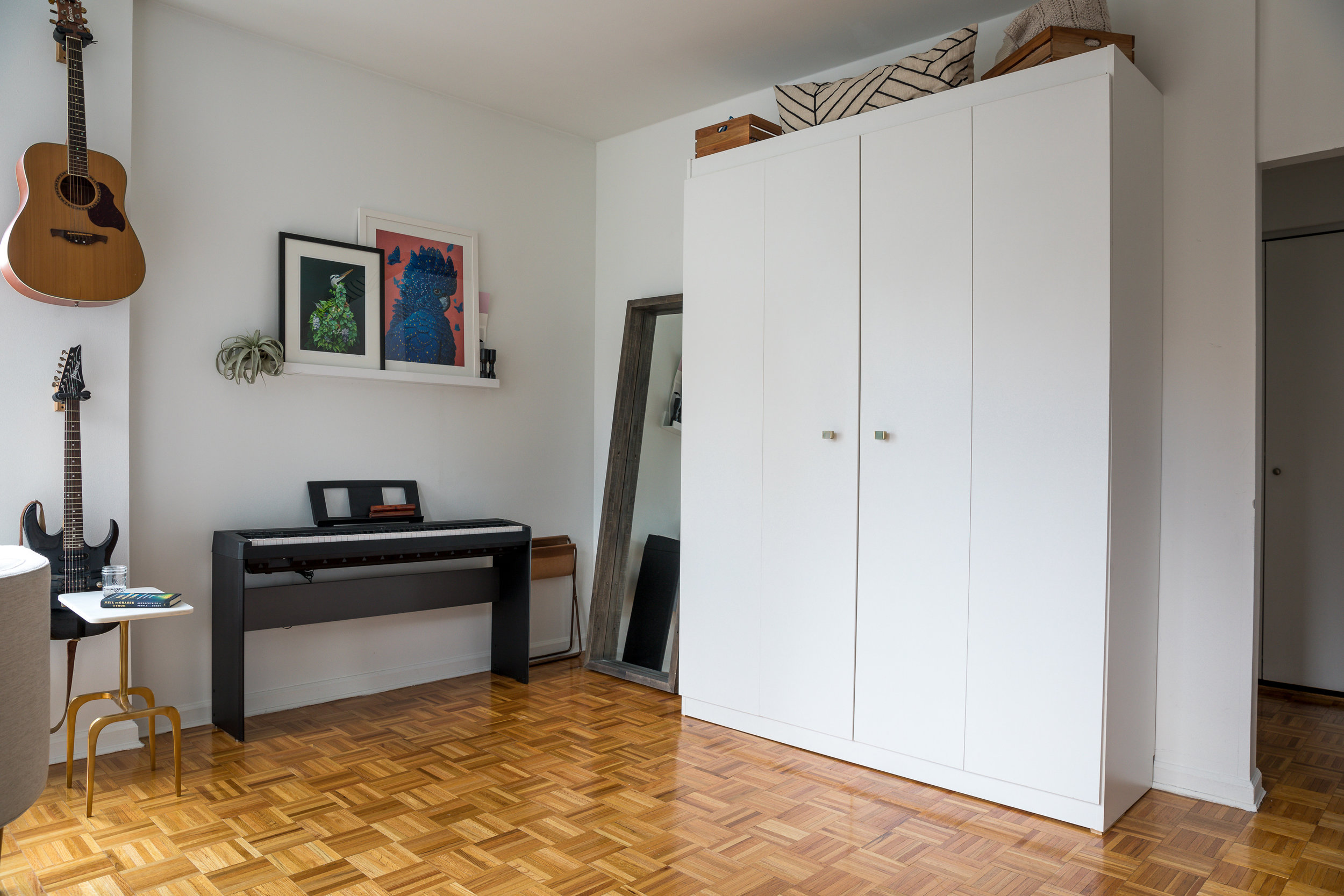 Wall Bed / Murphy Bed - put away