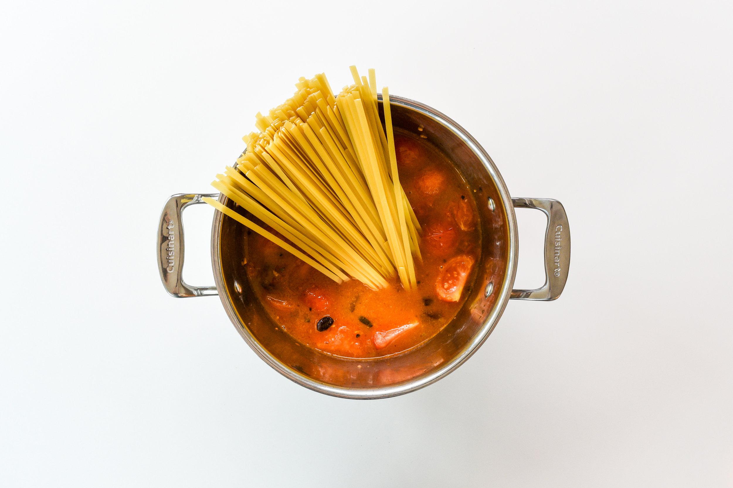 One-pot pasta puttanesca - add pasta.jpg