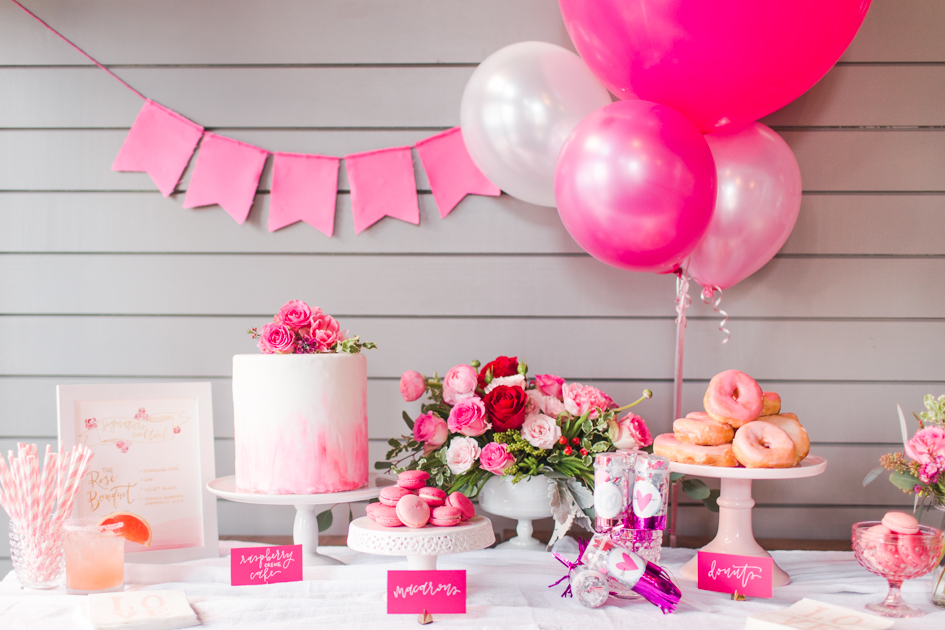 galentines-day-brunch-shaina-lee-photography-ct-wedding-engagement-photographer