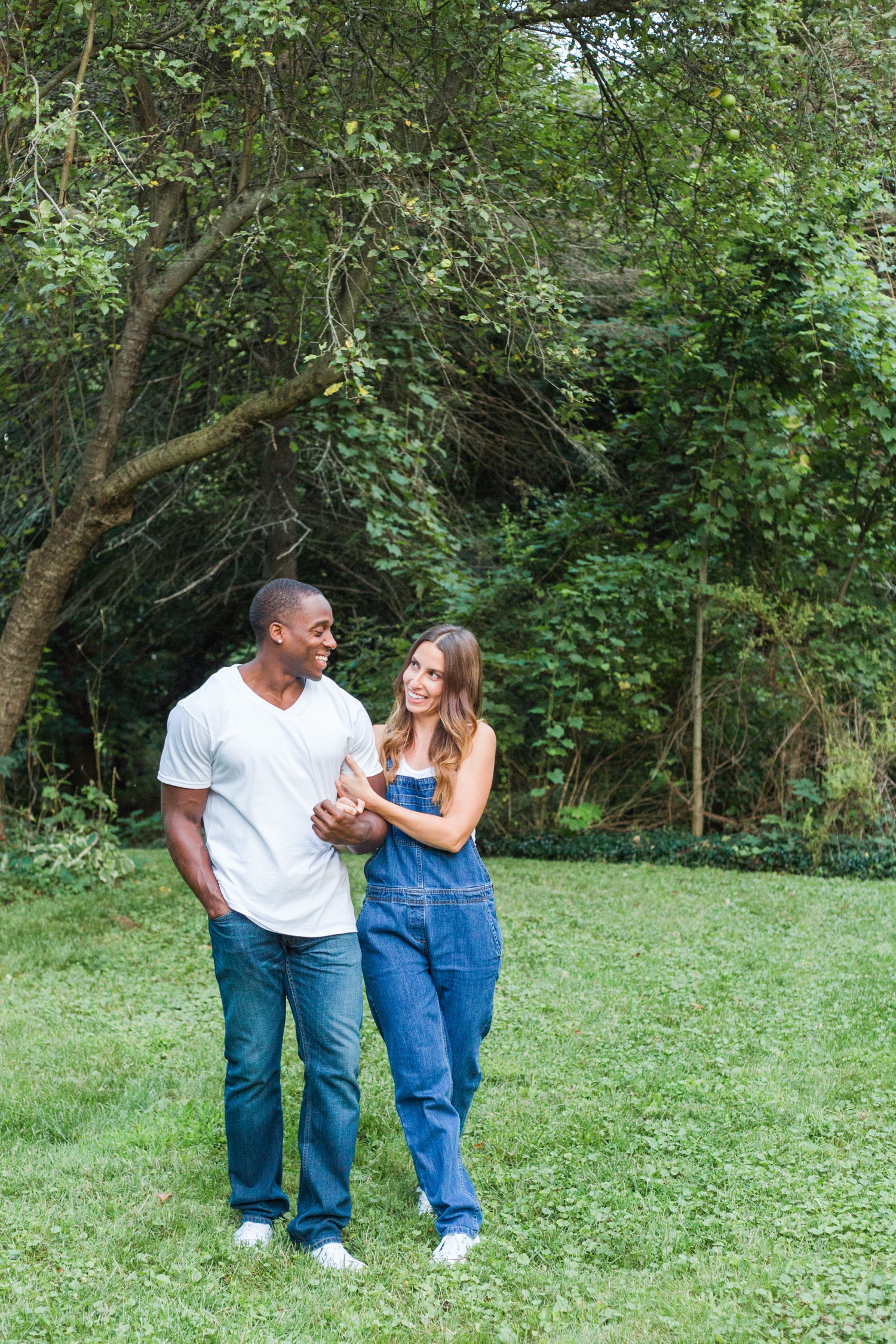 fishkill-hudson-valley-ny-home-engagement-session-top-ct-nyc-destination-wedding-photographer-shaina-lee-photography-photo