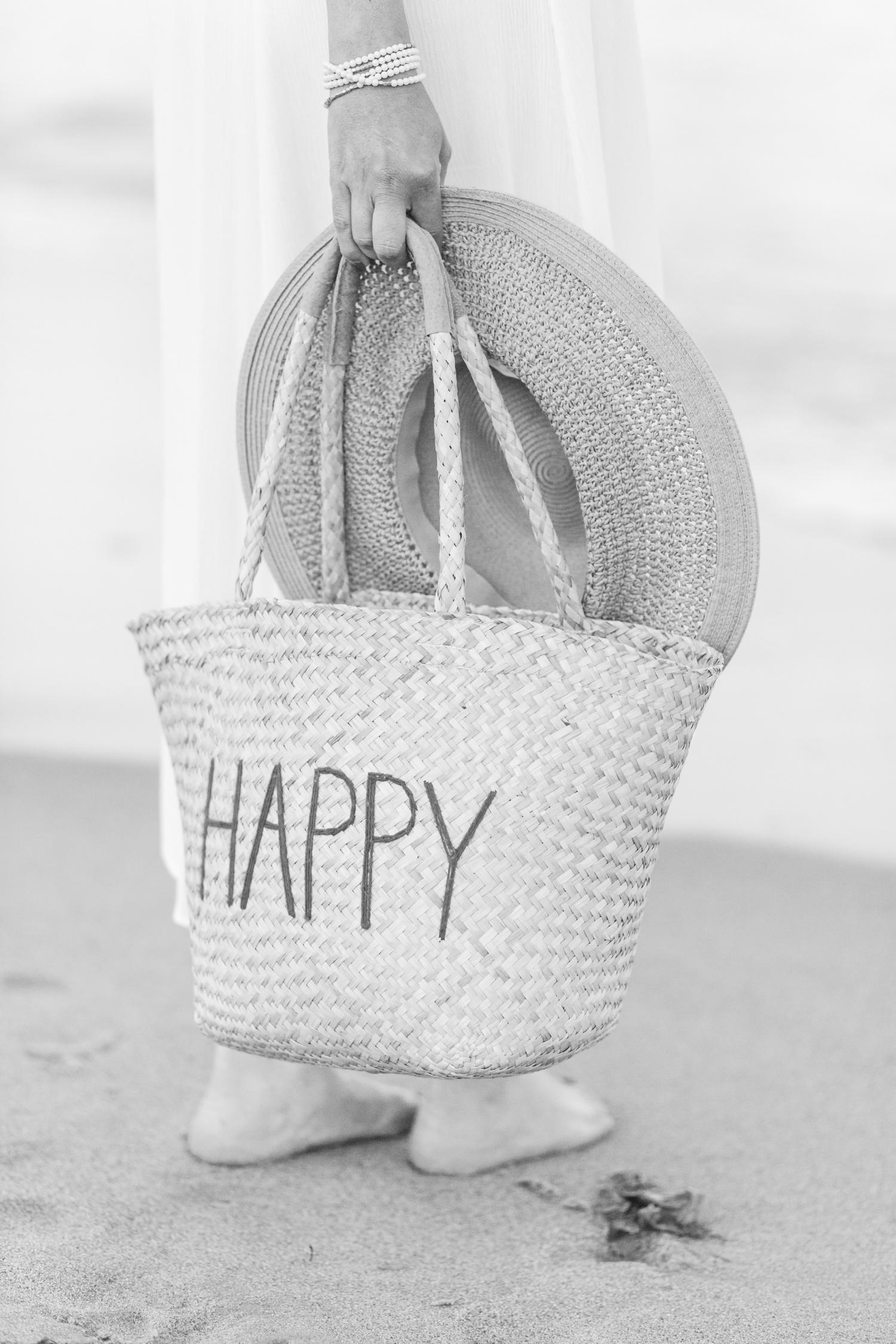 lifestyle-headshots-jennings-beach-fairfield-connecticut-top-ct-nyc-wedding-engagement-photographer-shaina-lee-photography-photo