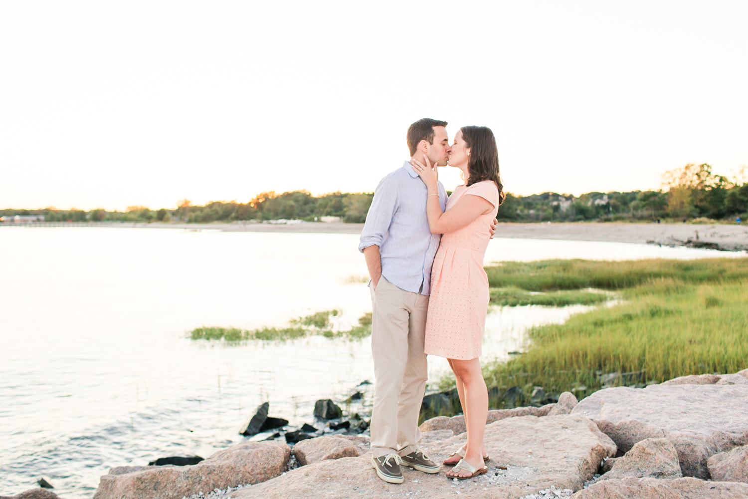 walnut-beach-engagement-session-milford-ct-top-connecticut-nyc-westchester-destination-wedding-engagement-boudoir-photographer-shaina-lee-photography-photo-15.jpg