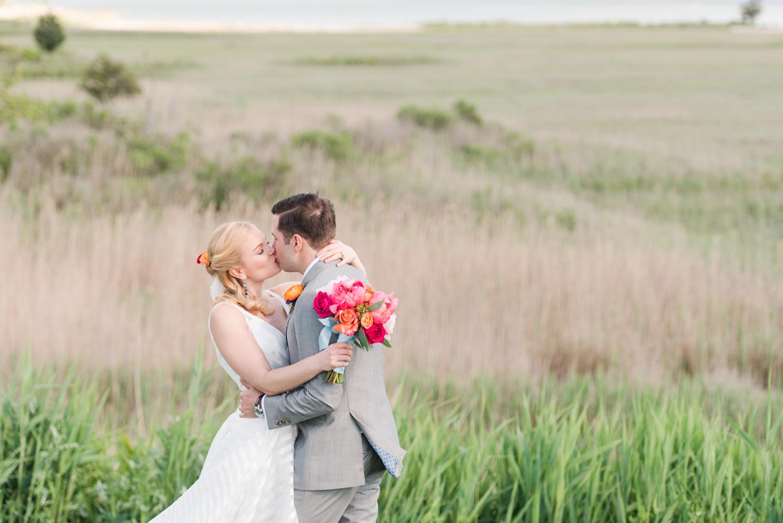 fleurish-florals-top-connecticut-westchester-nyc-hawaii-wedding-engagement-photographer-shaina-lee-photography-photo-1.jpg