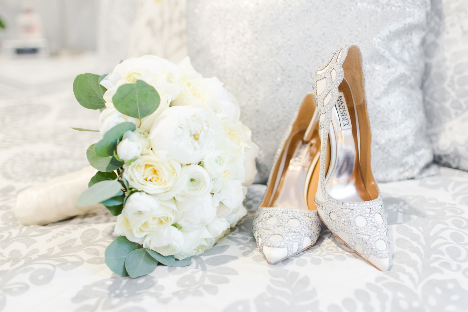 prep-wedding-details-connecticut-new-york-hawaii-engagement-photographer-shaina-lee-photography-photo-1.jpg