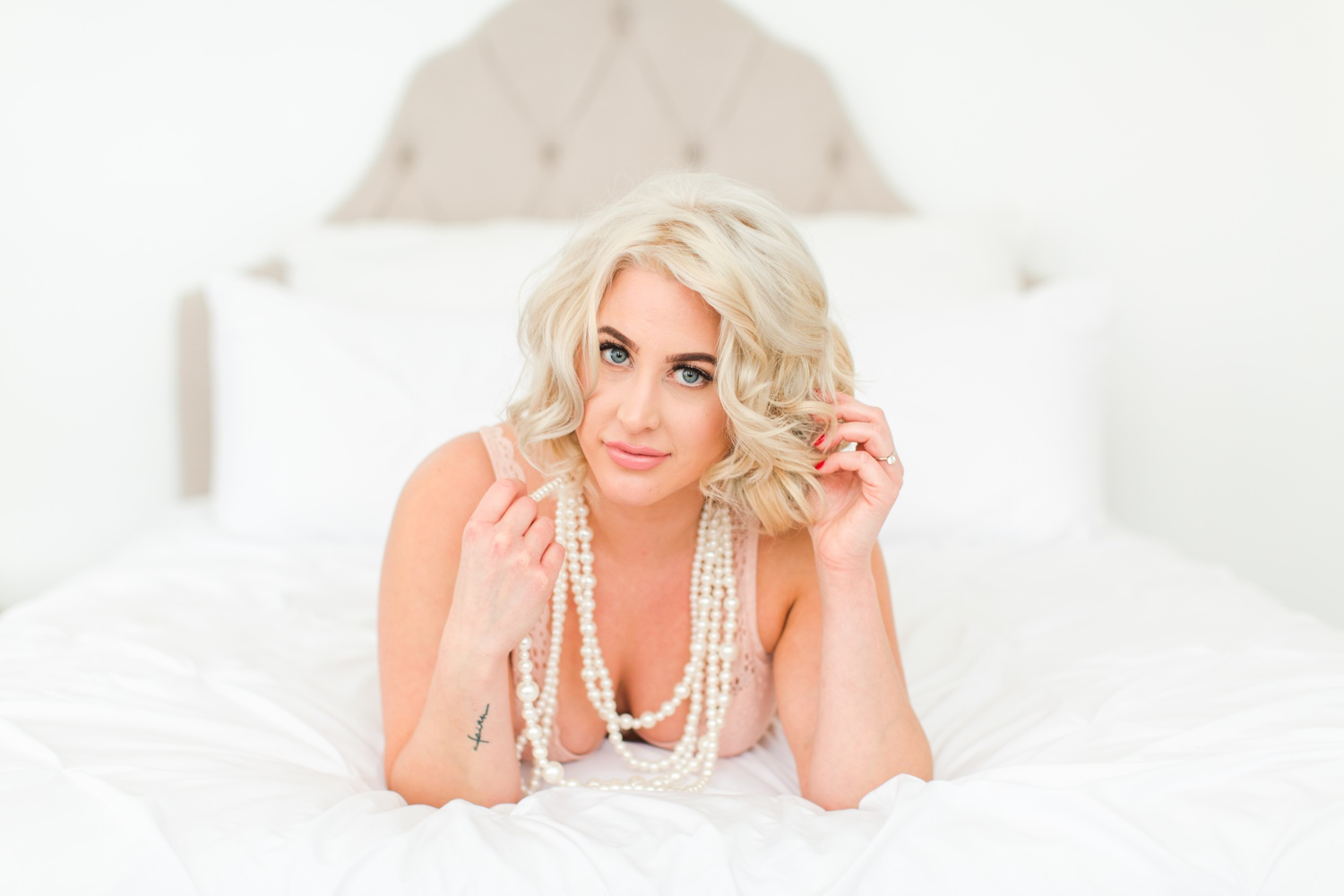 connecticut-boudoir-studio-top-ct-westchester-nyc-wedding-engagement-photographer-shaina-lee-photography-photo-7.jpg