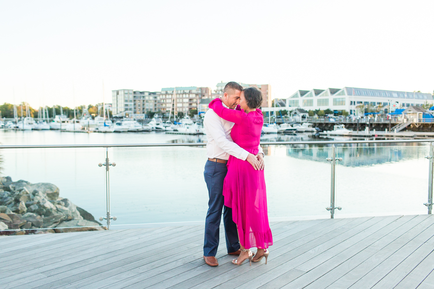 harbor-point-stamford-engagement-session-connecticut-new-york-hawaii-engagement-photographer-session-prep-shaina-lee-photography-photo-1.jpg