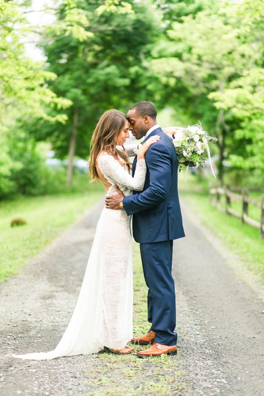 red-oak-weddings-published-boho-farmhouse-wedding-coxsakie-new-york-connecticut-engagement-photographer-shaina-lee-photography-photo