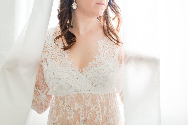 connecticut-boudoir-studio-westchester-nyc-wedding-engagement-photographer-mini-sessions-shaina-lee-photography-photo-1.jpg