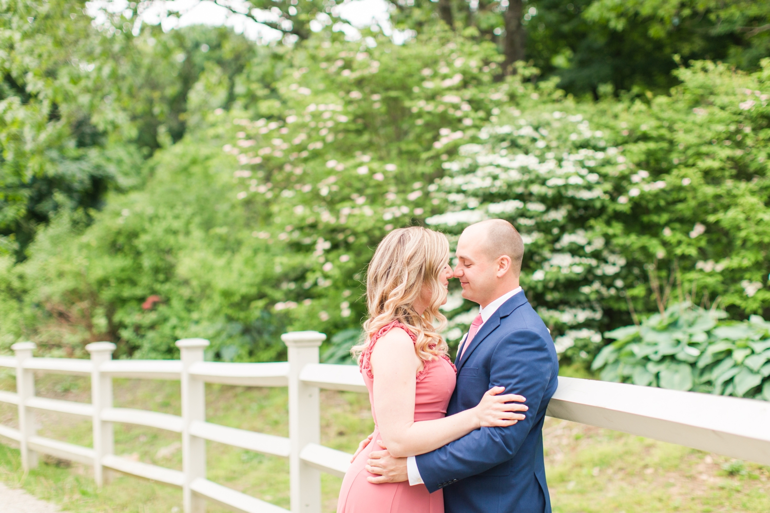 gallaher-mansion-cranbury-park-engagement-session-norwalk-connecticut-wedding-photographer-shaina-lee-photography-photo-9.jpg