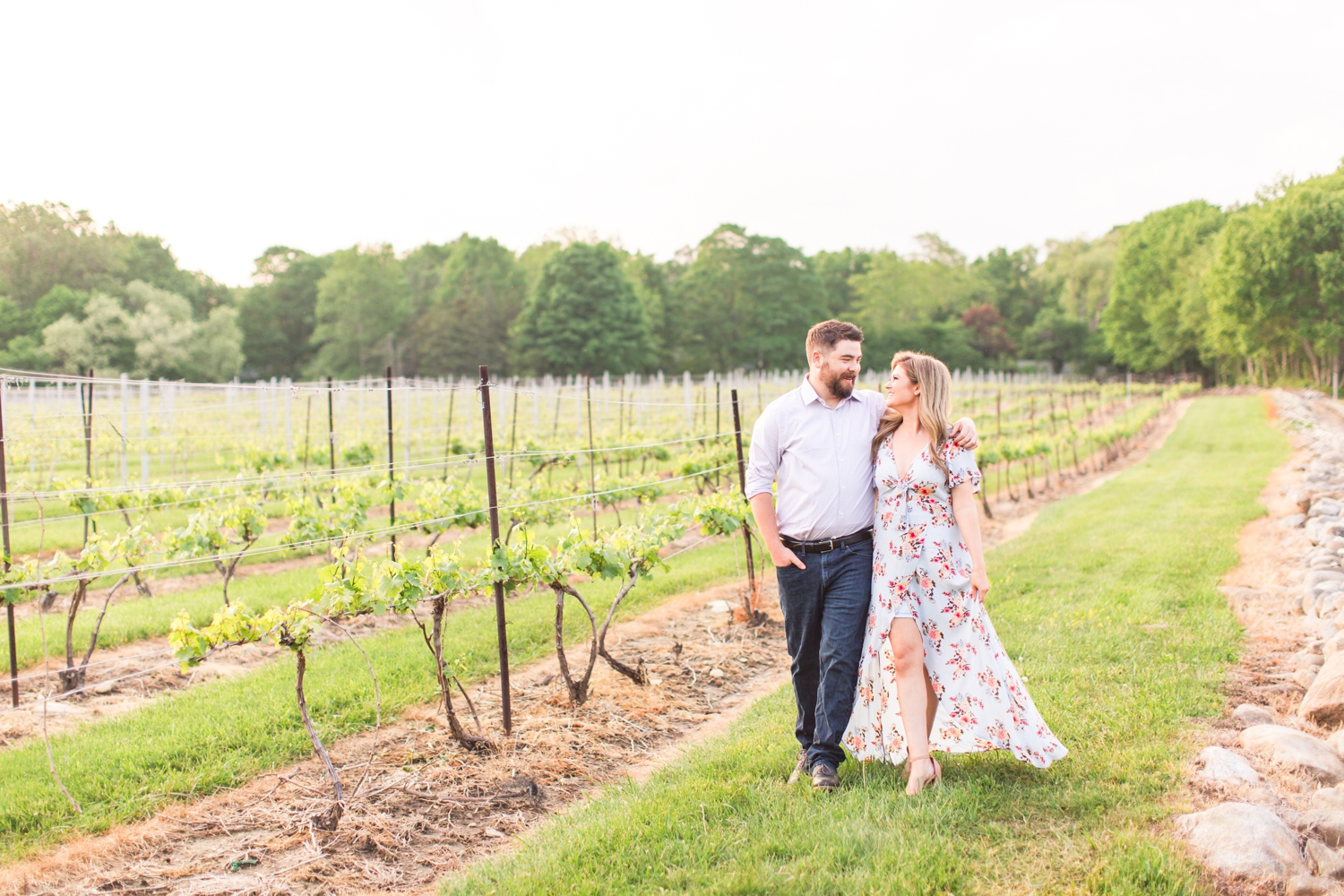 chamard-vineyards-engagement-session-clinton-connecticut-wedding-photographer-shaina-lee-photography-photo-10.jpg