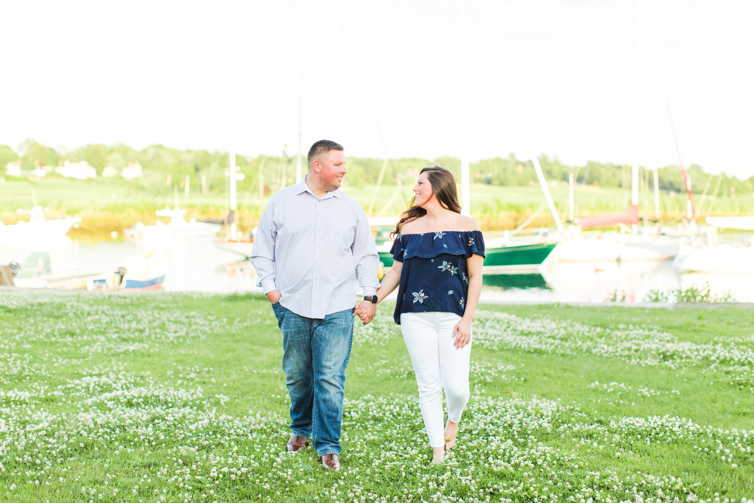 pequot-yacht-club-engagement-session-southport-connecticut-wedding-photographer-shaina-lee-photography-photo-14.jpg