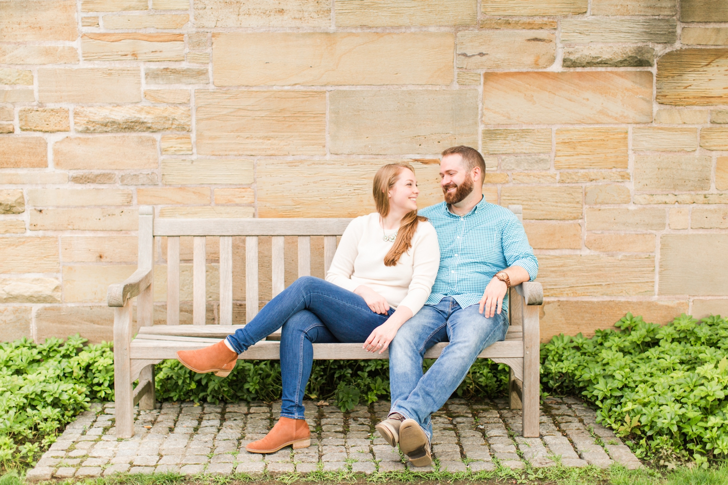 yale-university-engagement-session-new-haven-connecticut-wedding-photographer-kelsey-kyle-shaina-lee-photography-photo-6.jpg