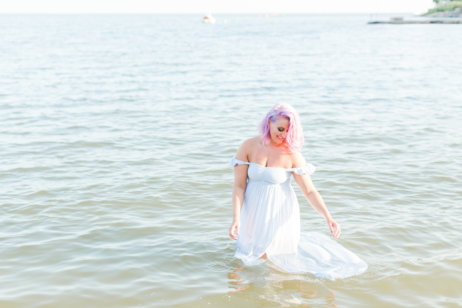 outdoor-ocean-beach-boudoir-session-connecticut-photographer-shaina-lee-photography-photo-17.jpg