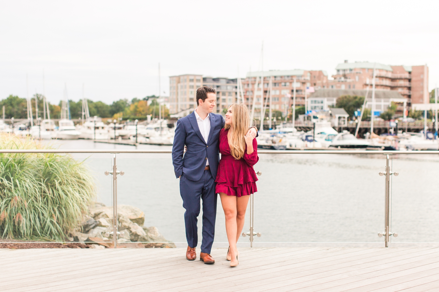 harbor-point-engagement-session-stamford-connecticut-wedding-photographer-rebecca-fred-shaina-lee-photography-photo-25.jpg