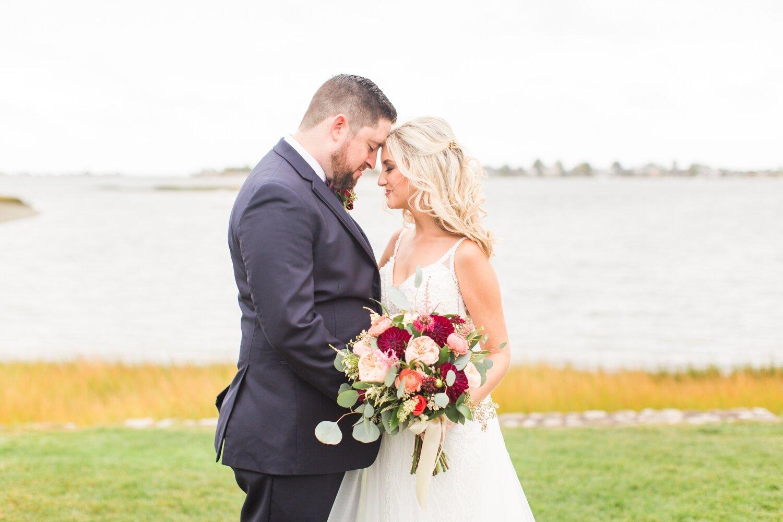 the-inn-at-longshore-wedding-westport-connecticut-photographer-laura-mike-shaina-lee-photography-photo