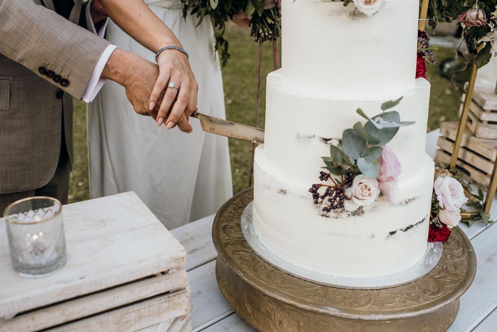 Taranaki Marae Wedding-232.jpg