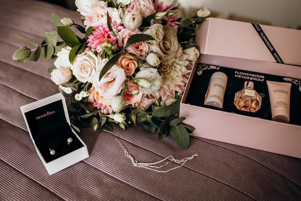 R&T taranaki wedding-2.jpg