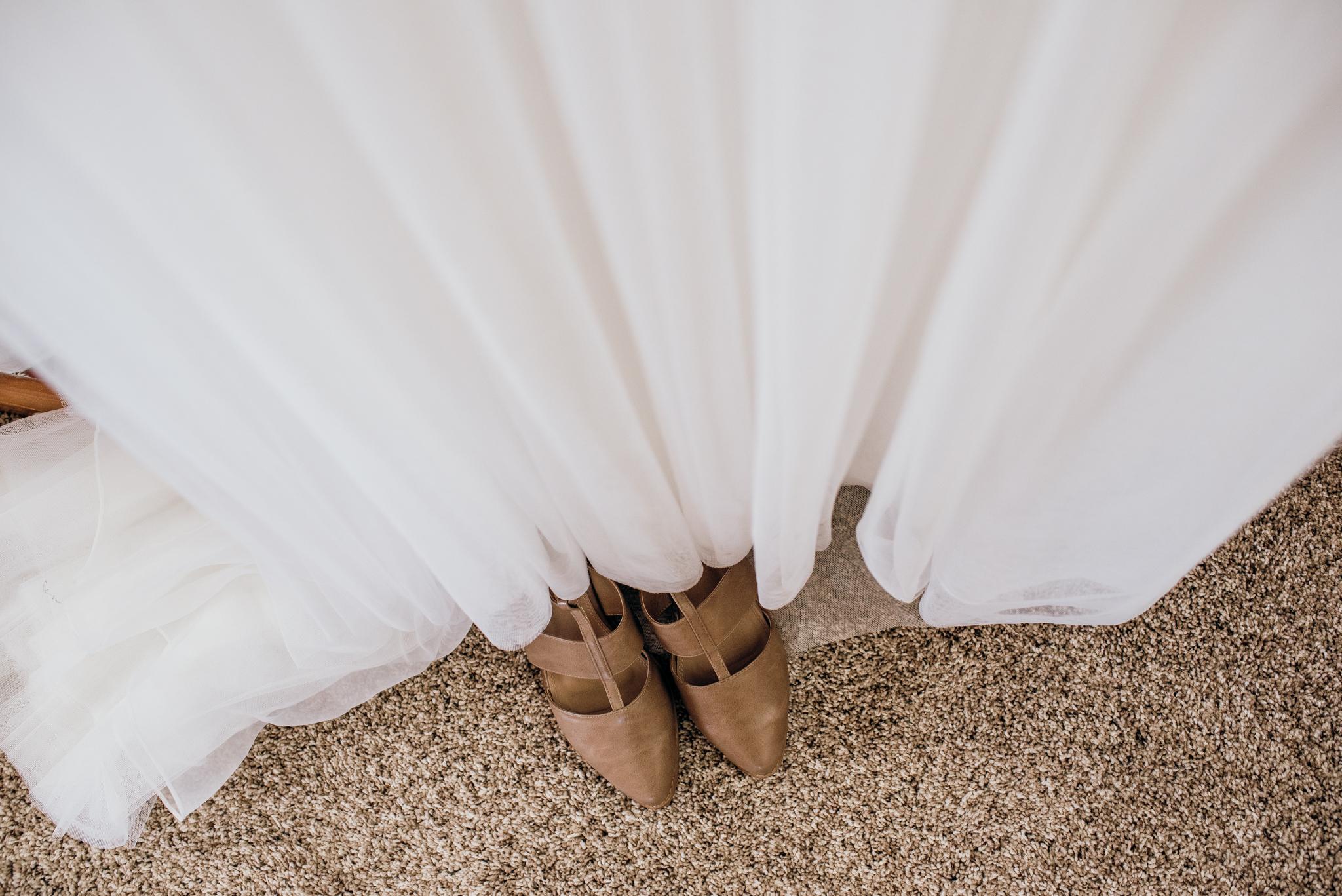 taranaki wedding-14.jpg