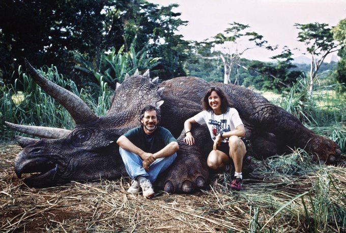 Kathleen & Steven on the set of Jurassic Park. There is just so much to love about this.