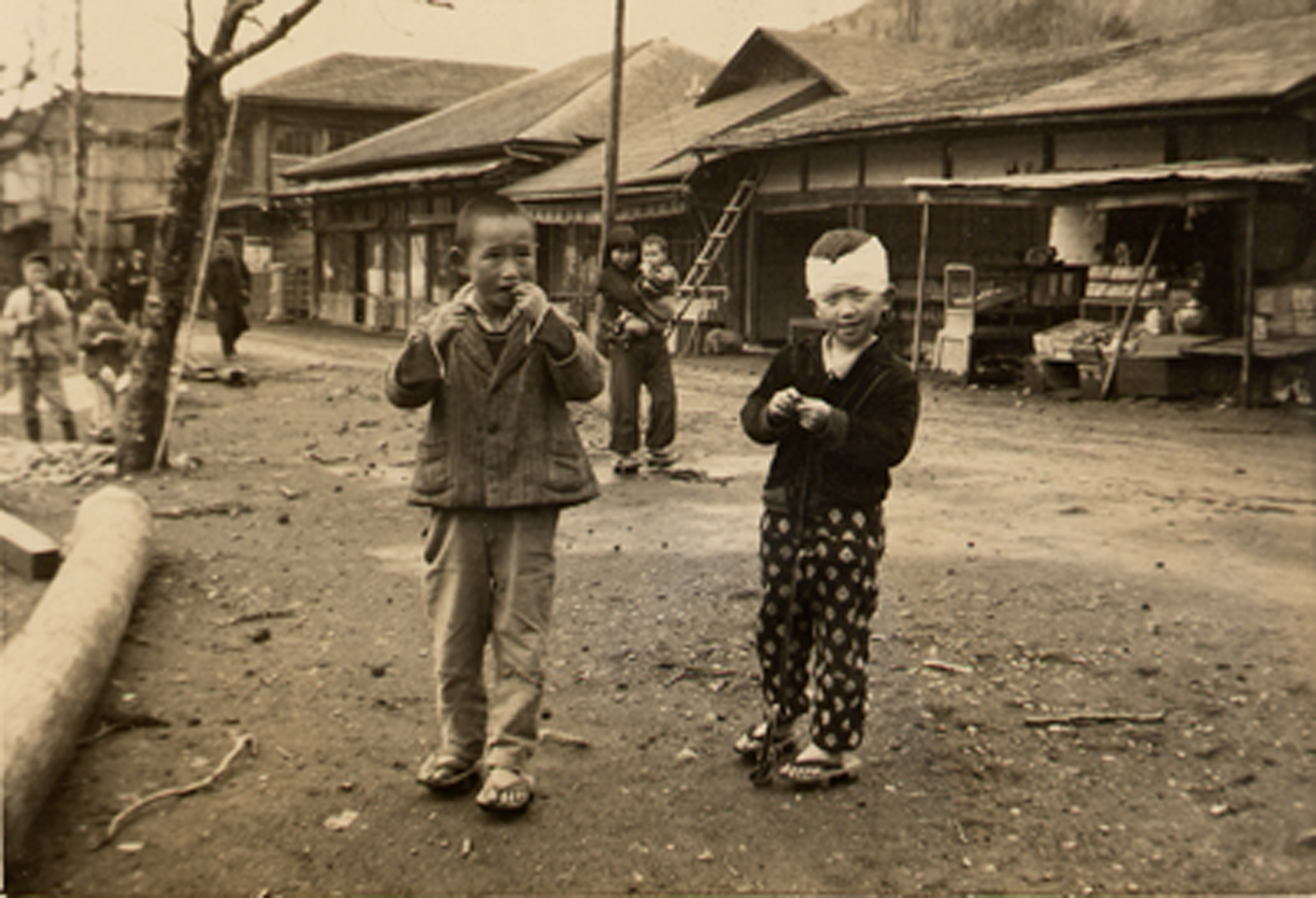 Korea-refugee kids and camp.jpg