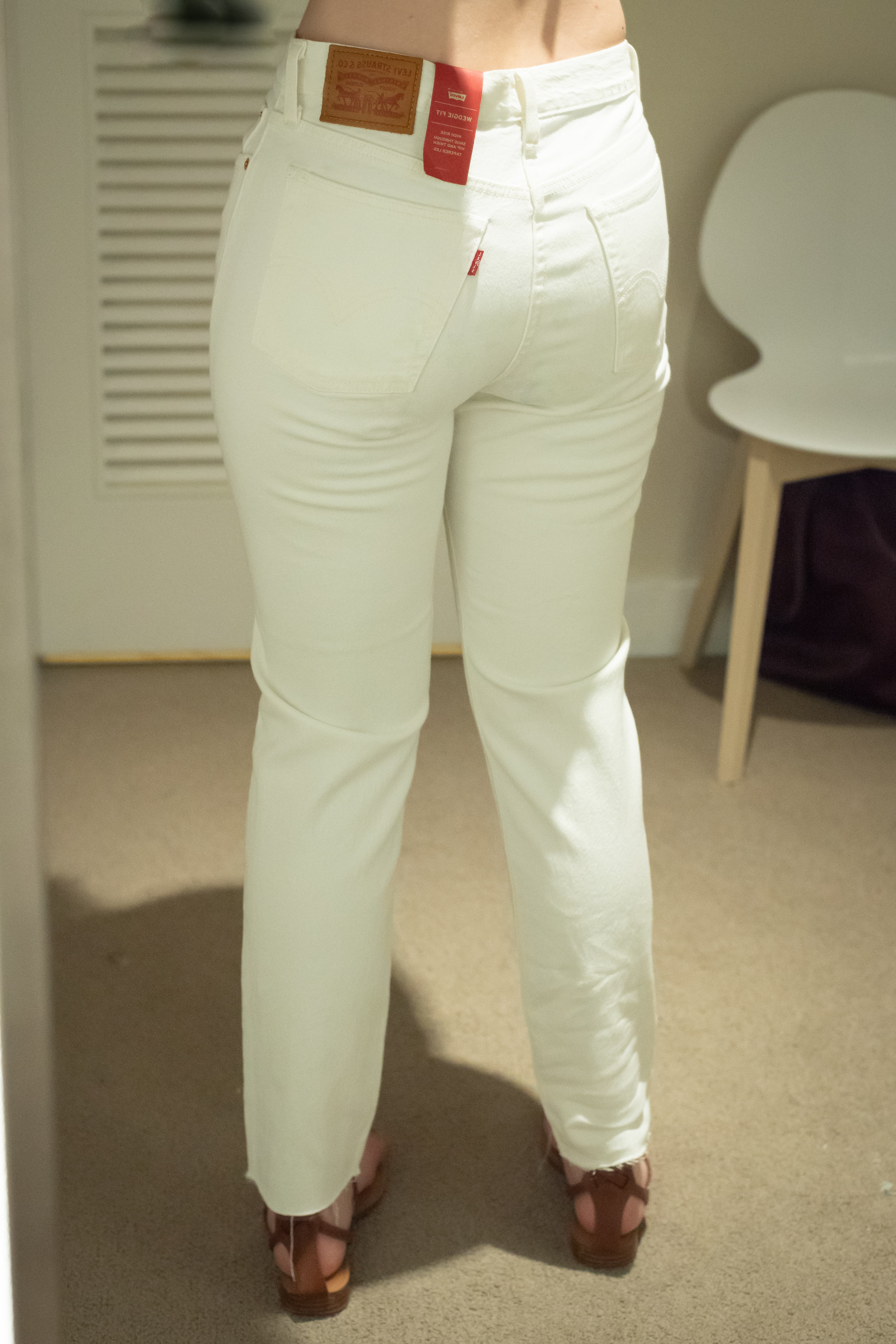 Levi's Wedgie Fit Jeans - Size 29 - Back View