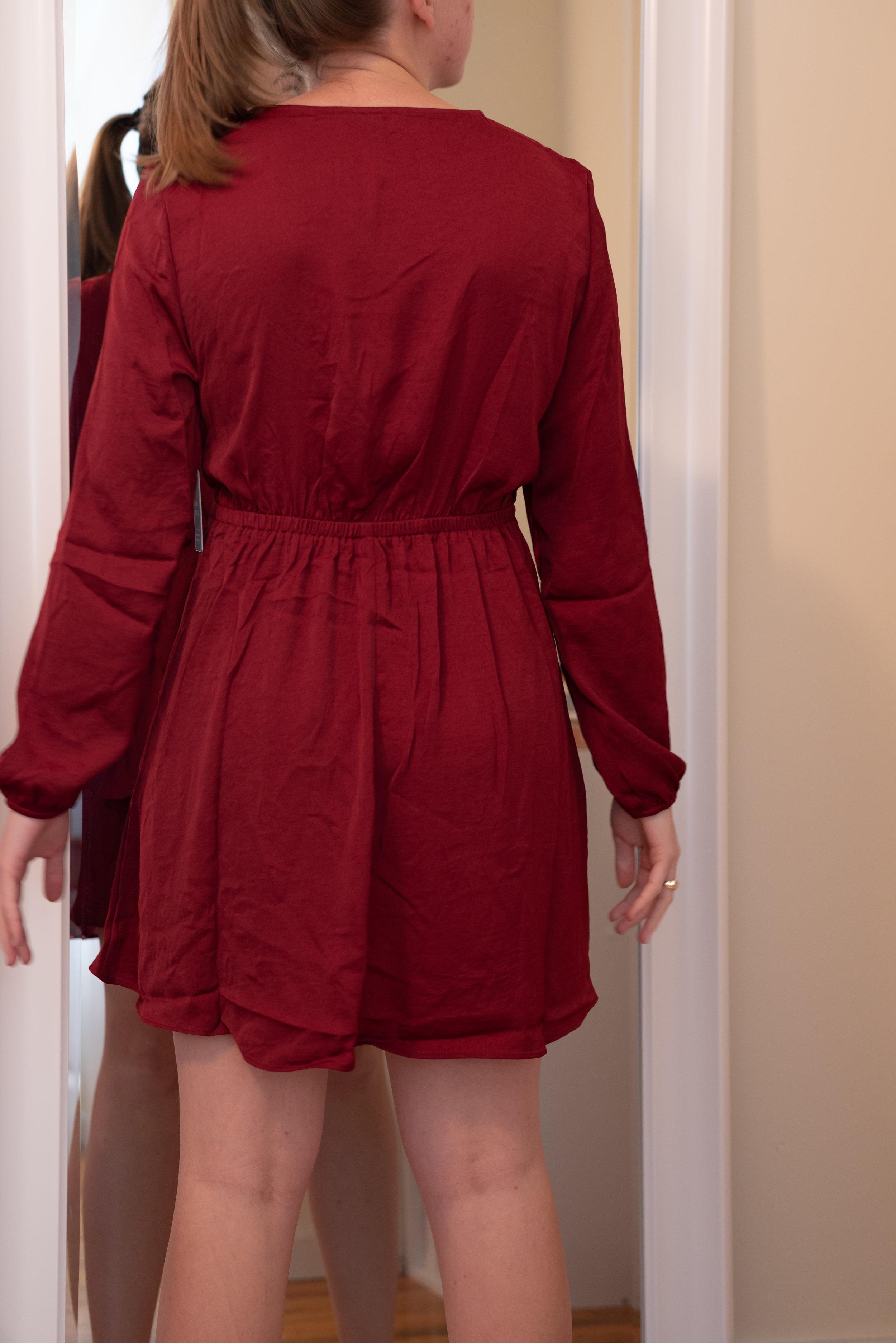 Express Petite Knotted V-Neck Dress - Size S