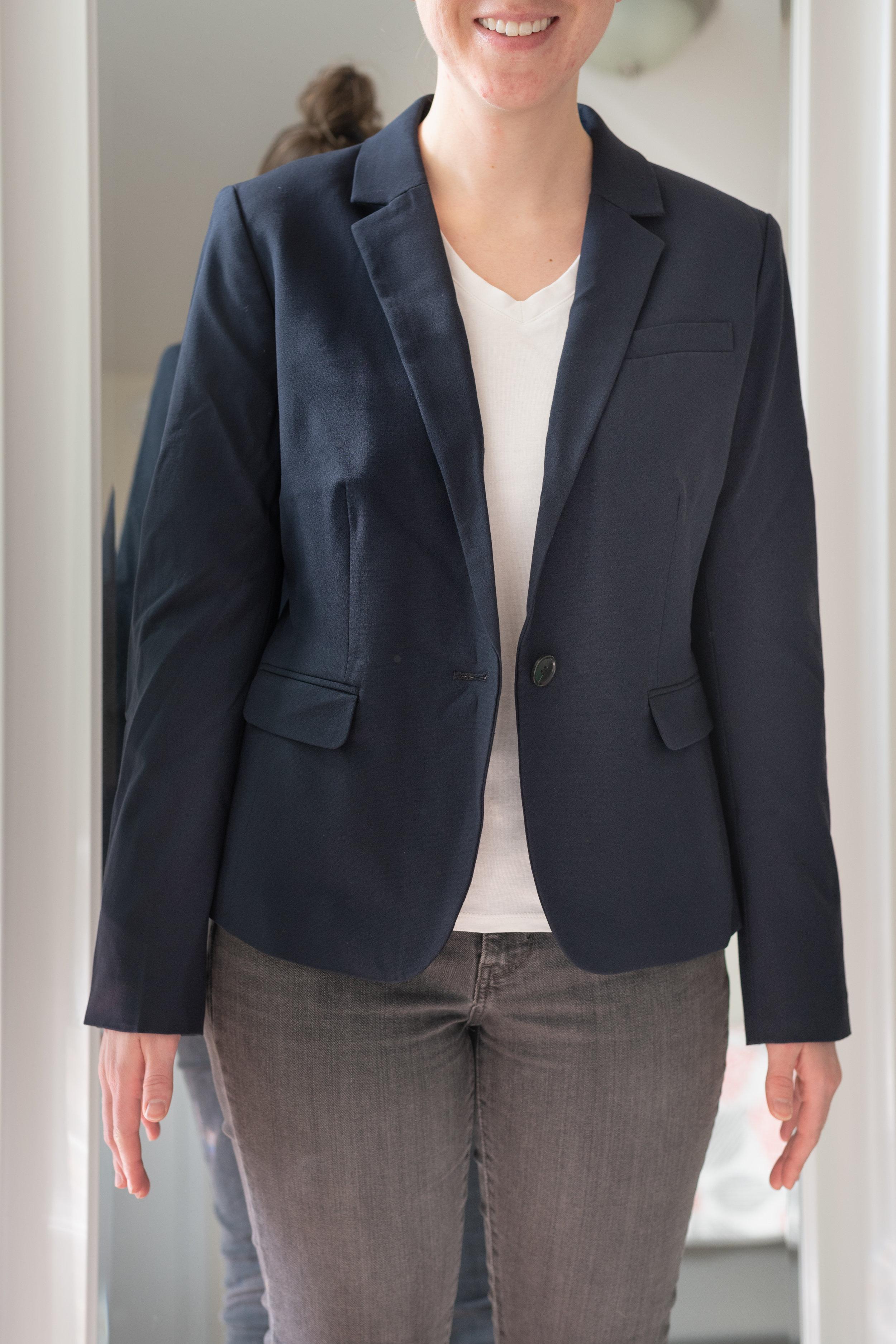 Ann Taylor Petite 1-Button Blazer in Seasonless Stretch - Size 6 Petite