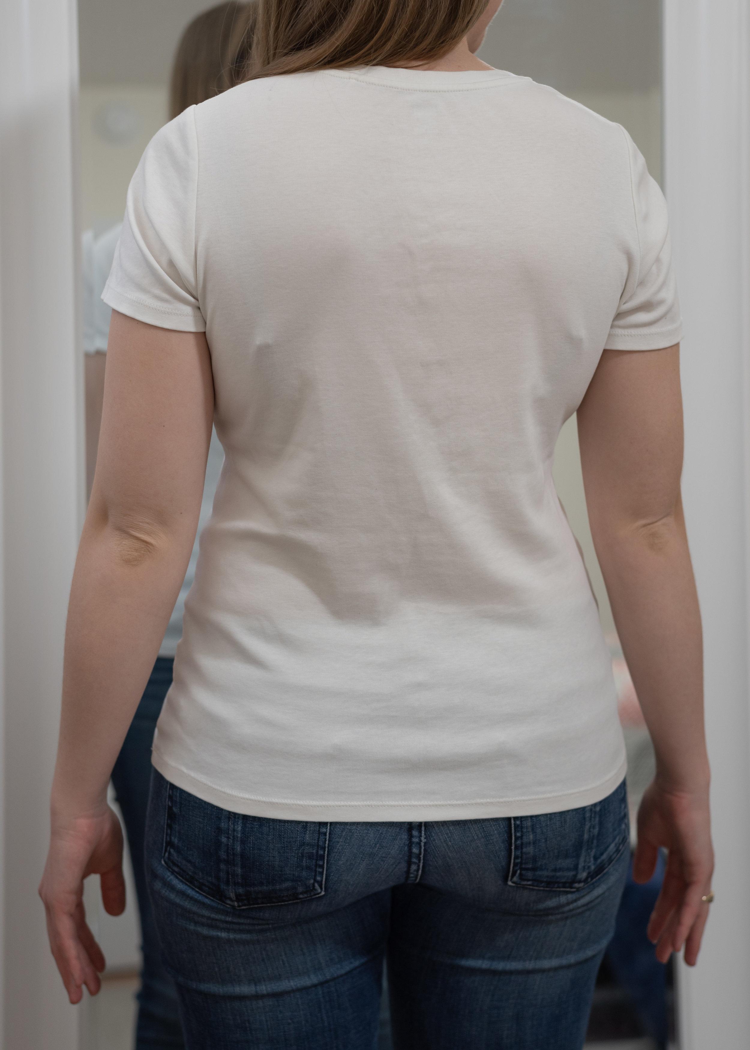 Uniqlo Women's Supima® Cotton V-Neck T-Shirt - Size Small