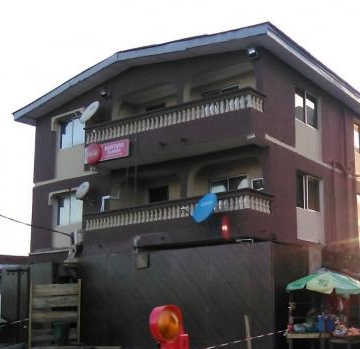 184674_45660-hotel-hotels-guest-houses-for-sale--iganmu-lagos-nigeria.jpg