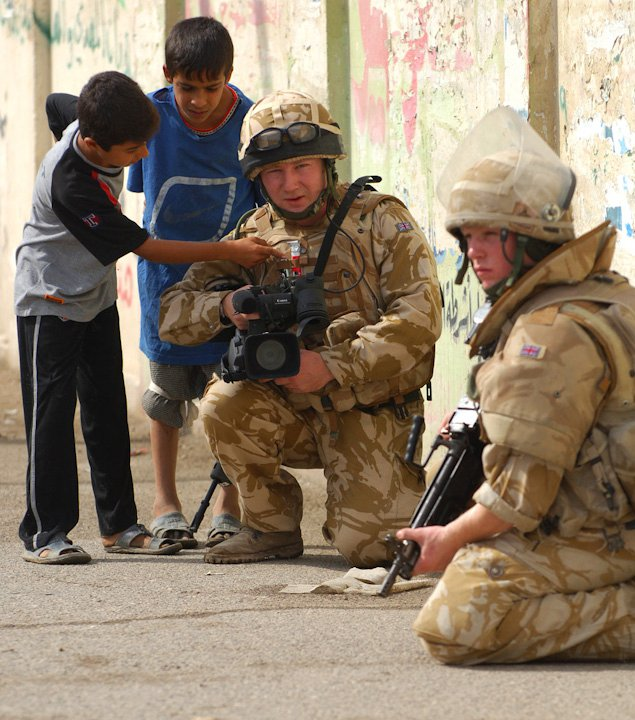 Gary Tyson filming in Iraq during Operation Telic, 2006.