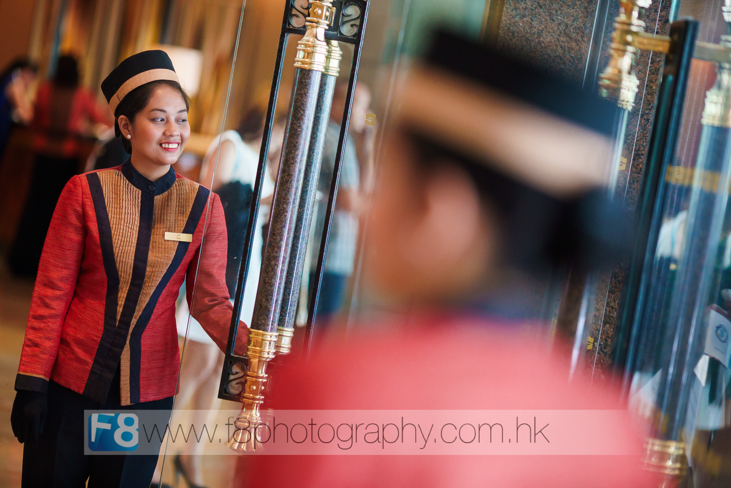 The usual Philippines charm welcomed every guest to APEC at the entrance to Shangri-La.