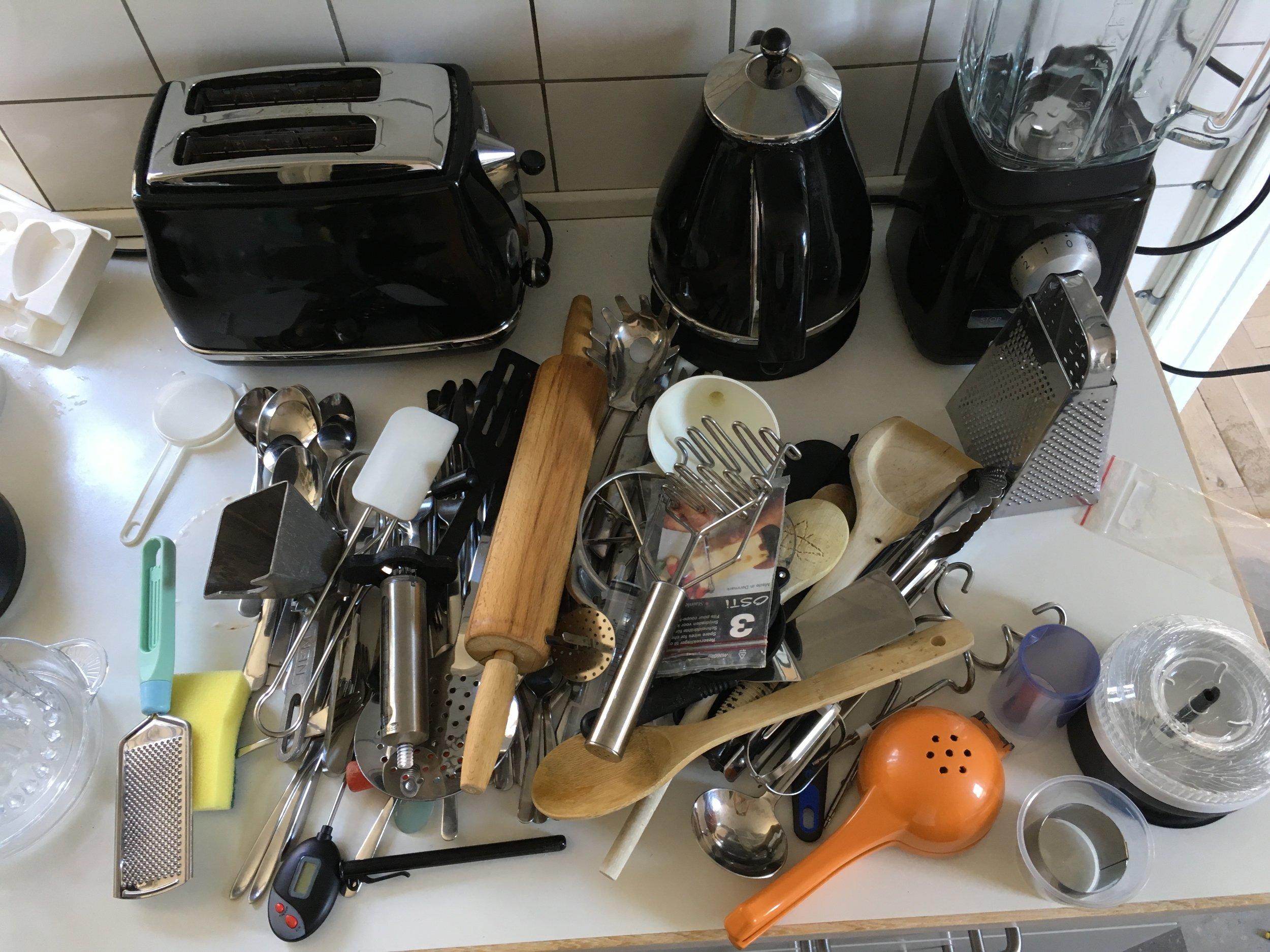 Køkkenskuffer under