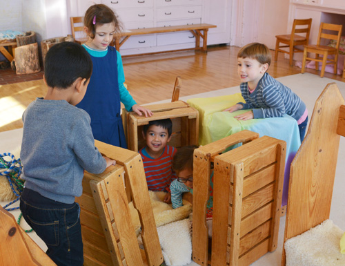 At WSL, self-directed, creative free play is the kindergarten student's important work. Together students exercise their growing capacity to initiate, collaborate, solve problems, and delight in the wonder of learning.