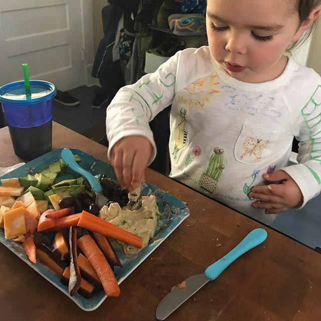#mygratitudepractice - a healthy eater #olives #salmon #carrots #hummus #advocado