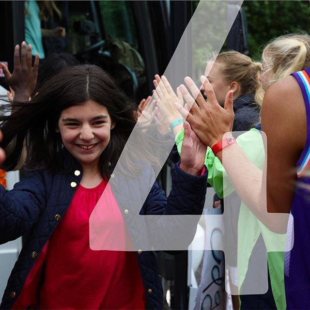 4 DAYS until you jump (2 3 4) off of that bus and we get to give you LOT$ of quality high fives - hurry up #EDGE2019 😩