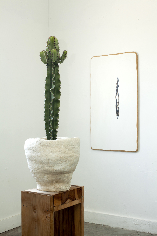 John Zappas, Medium Big John Pot, 2017, Hydracal and redwood base