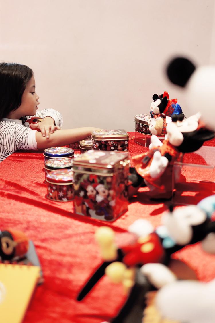 Hong_Kong_Disneyland_Promo_Grand_Indonesia_Jakarta_Indonesia.jpg