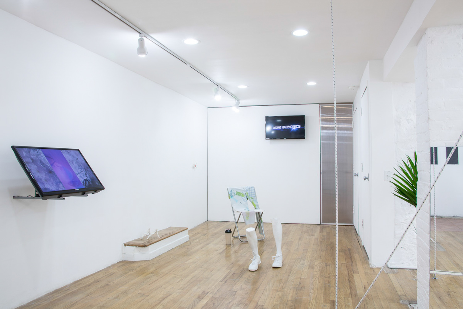 Pakui Hardware,  The Metaphysics of the Runner , exhibition view, 321 Gallery, May 2014