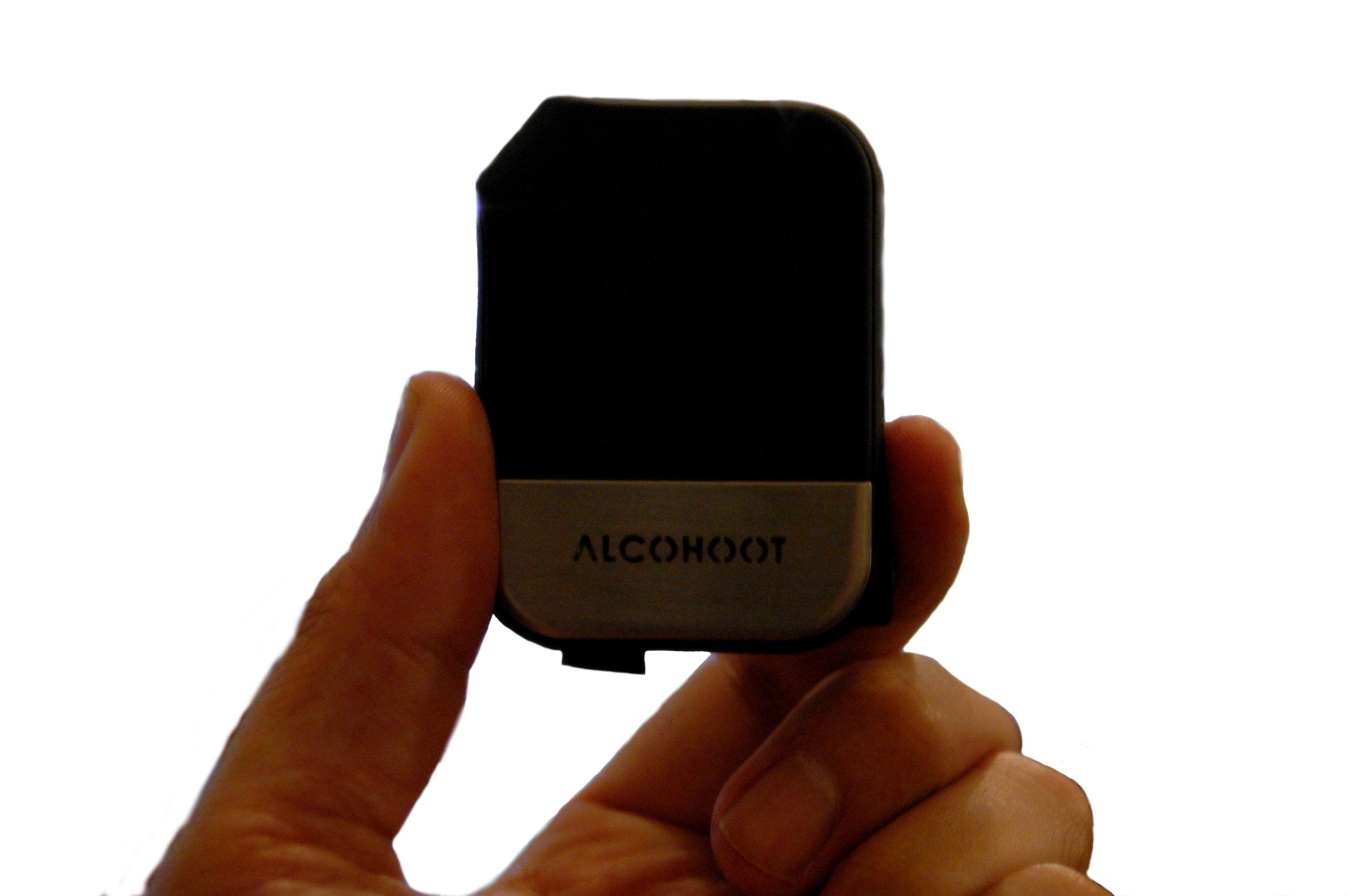 AlcoHootPinch.jpg