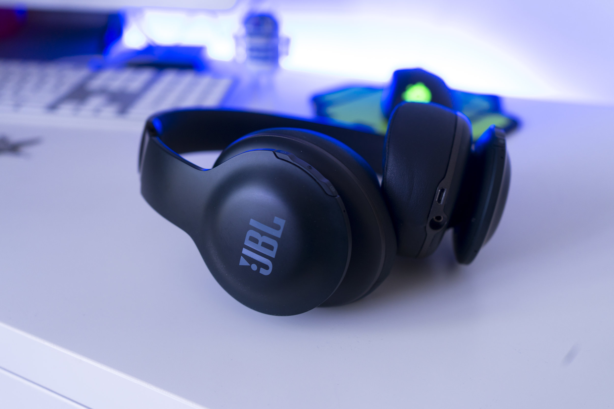 jbl_everest_700_elite_review