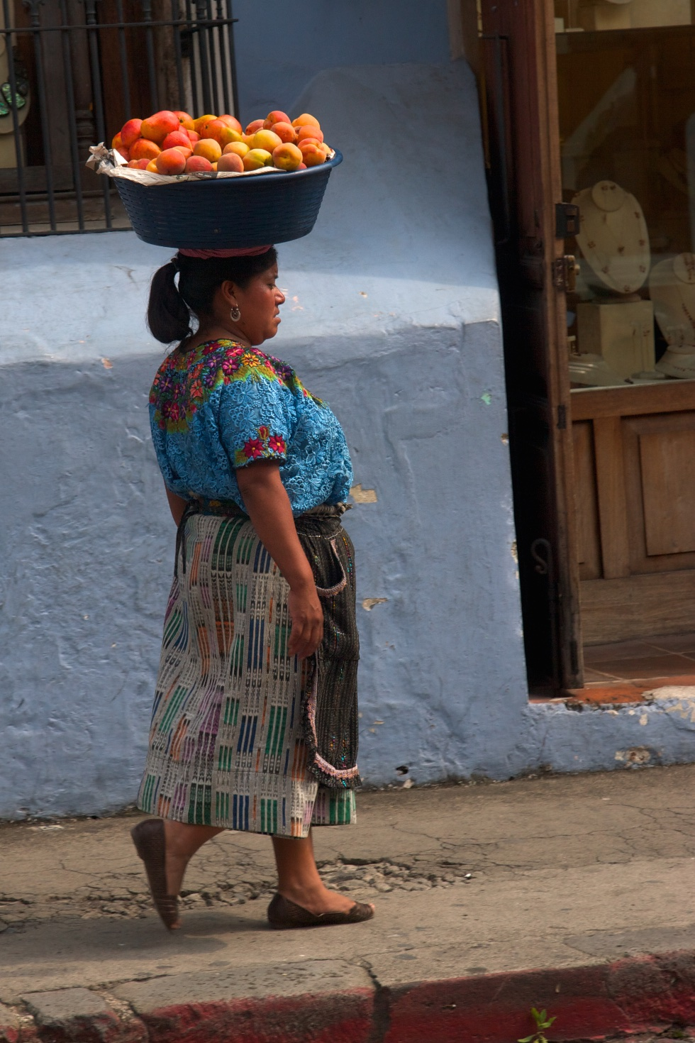 Skilled at doing a balancing act. Antigua, Guatemala.