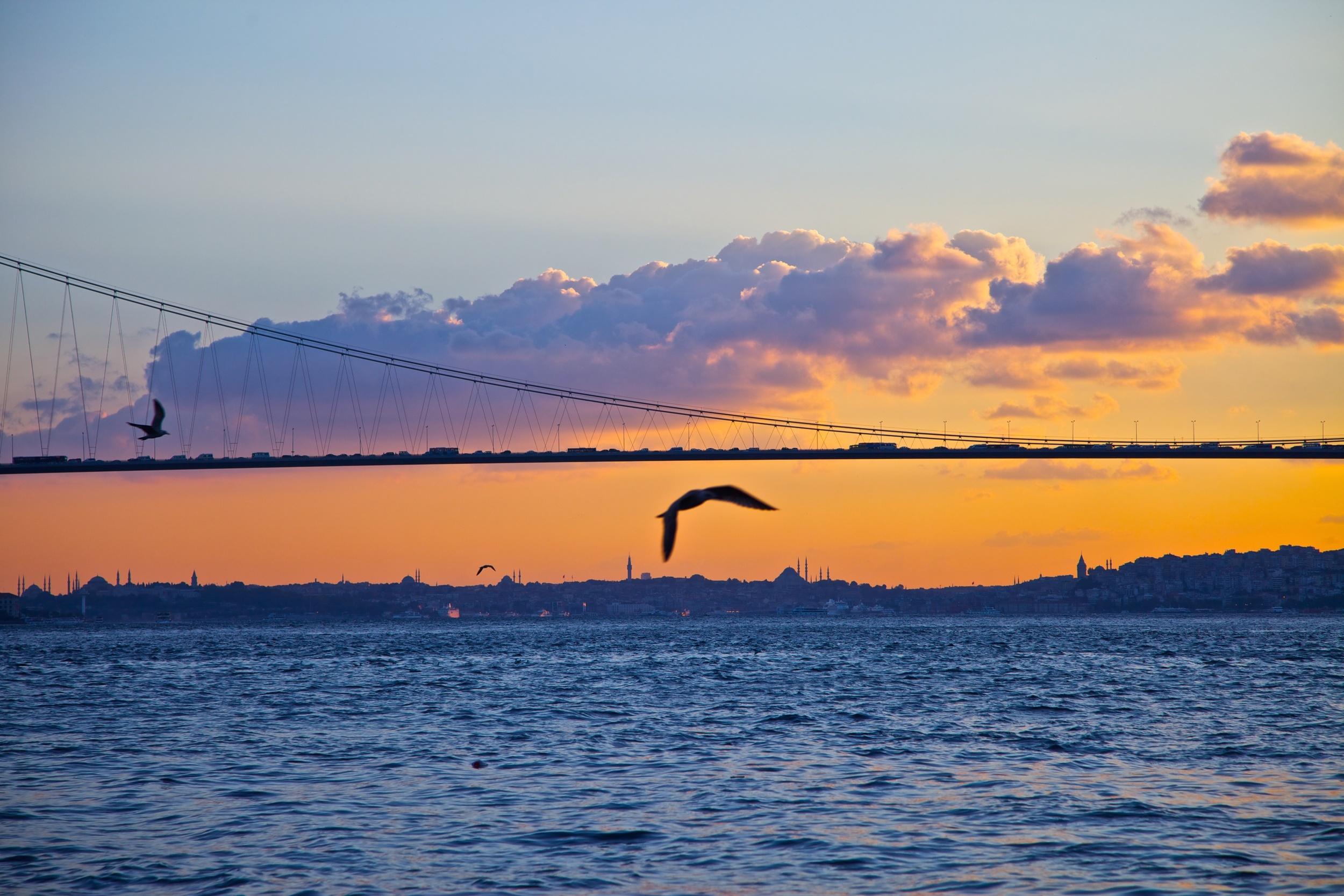 The Bosphorus Bridge, connecting Europe and Asia. Istanbul, Turkey..