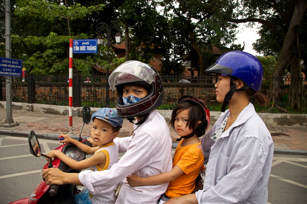 Family scooter. India.