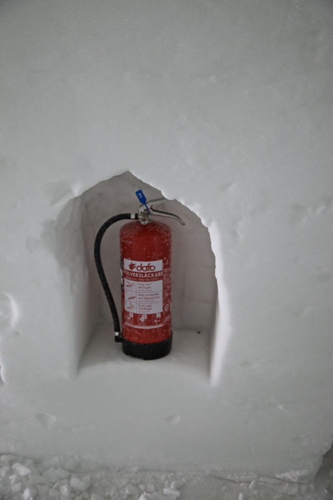 In case of fire: security measure at the Jukkasjärvi Ice Hotel